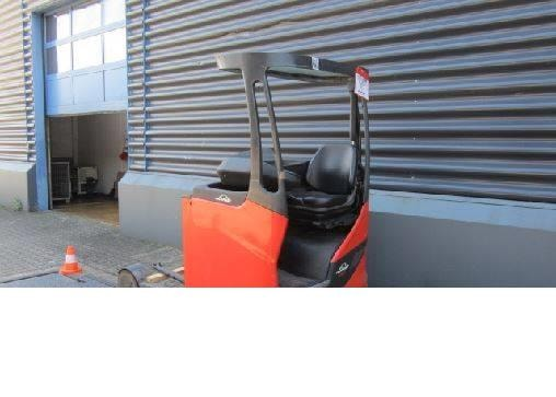 Motostivuitoare Diesel  Linde R20-01